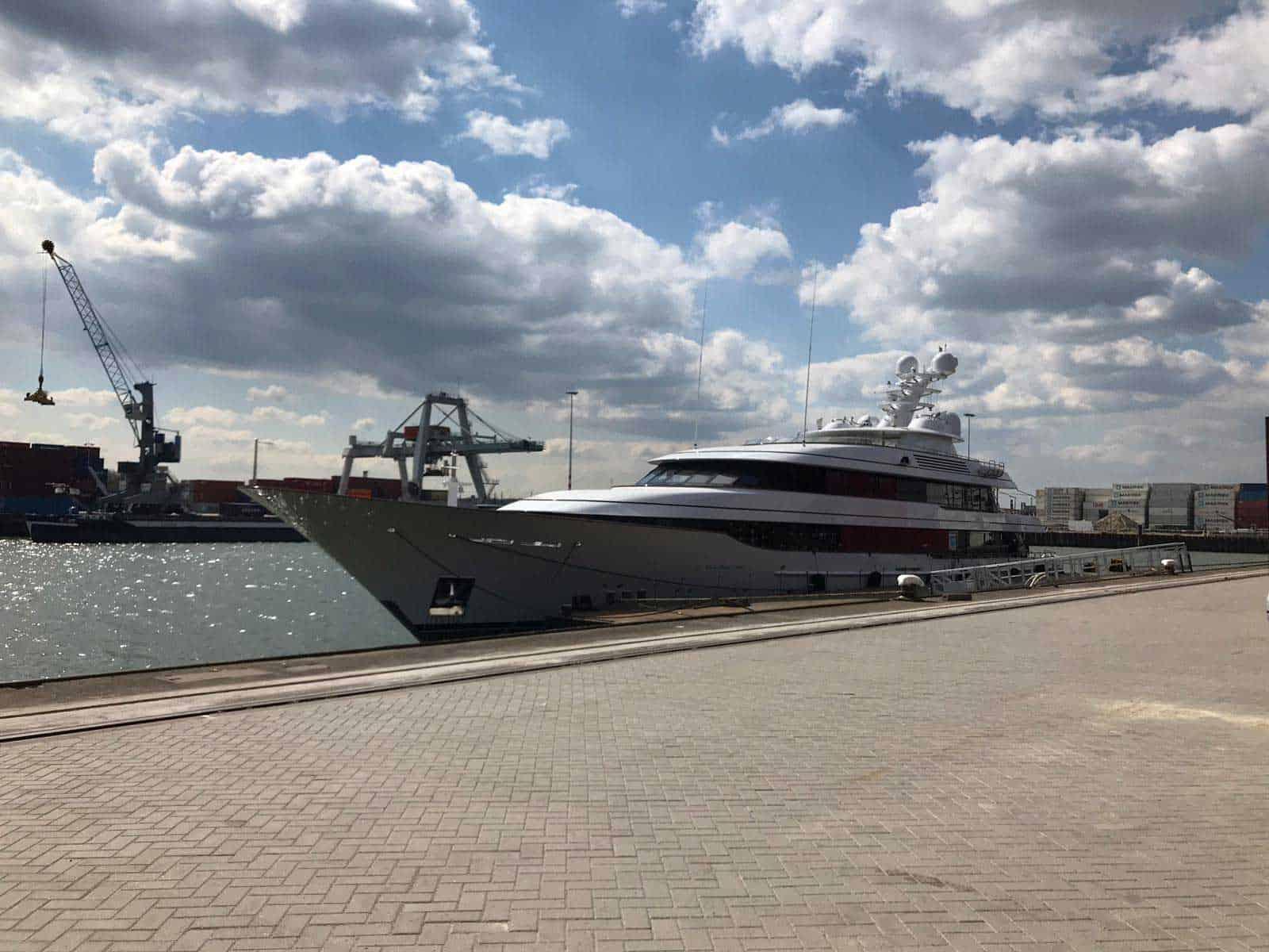 https://bridges2000.es/wp-content/uploads/2021/05/bridges2000-project-yacht-gangway-2019-04.jpg
