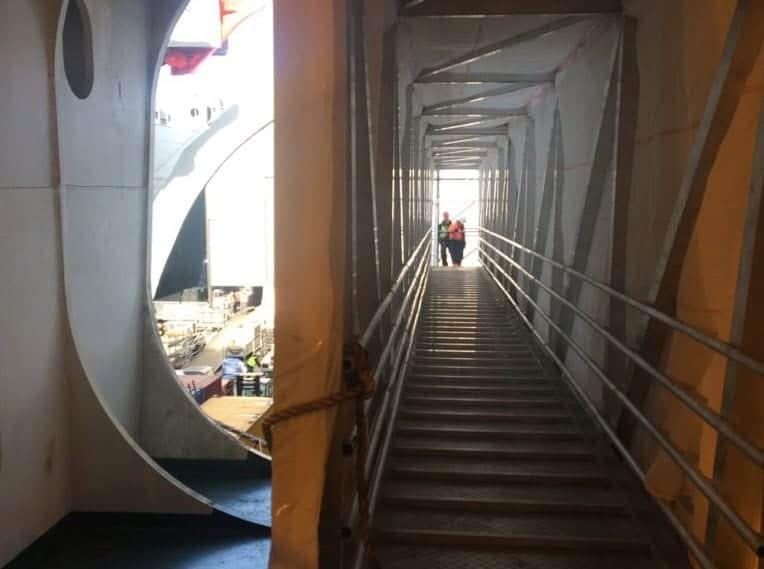 Bridges2000 oplossingen gangways gangway als tunnel
